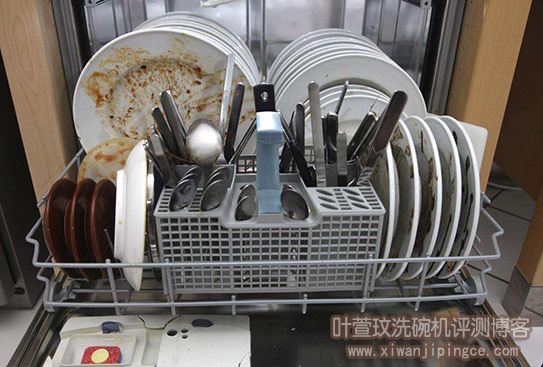 洗碗机清洗餐具后,餐具出现的问题原因分析及解决办法